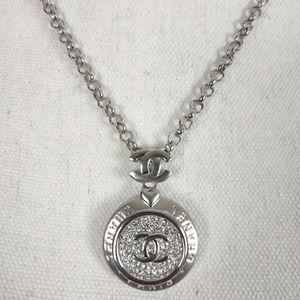 CHANEL Bling Medallion Necklace